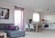 mieszkanie wzorcowe,pokój z kuchnią - panorama (Lokum da Vinci)