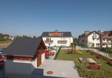 Lokale użytkowe wrocław - domy Siechnice, widok na plac zabaw
