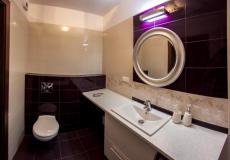 łazienka, mieszkanie wzorcowe - toaleta (Lokum da Vinci)