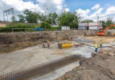 Osiedle Lokum Victoria - etap III, beton podkładowo-wyrównawnczy oraz rozłożone zbrojenie pod realizację płyty fundamentowej